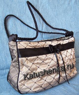 Модели и выкройки сумок можно посмотреть здесь: http://dom.ya1.ru/index...