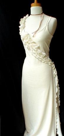 Фасоны платьев из трикотажа. Платье с рюшей